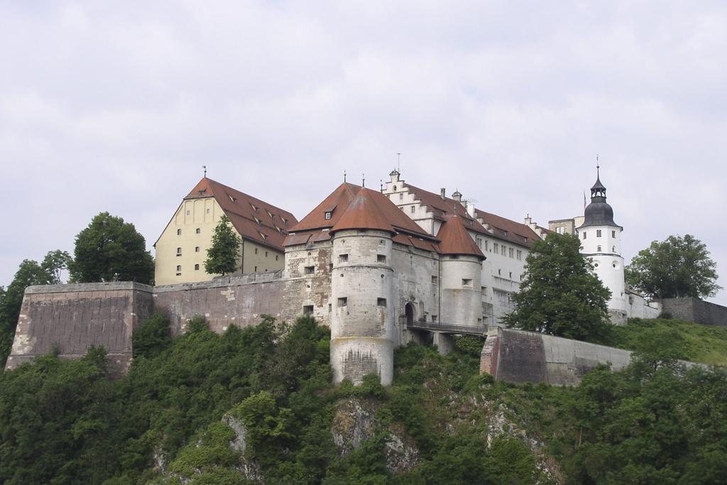 SchlossHellenstein