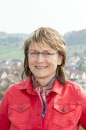 Gewässerführerin Erika Wiedmann